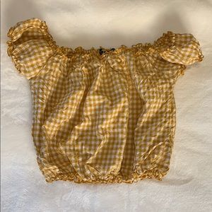 Brandy Melville yellow plaid scrunch crop